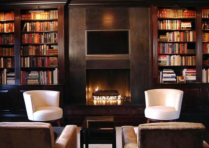 Домашняя библиотека - признак хорошего тона